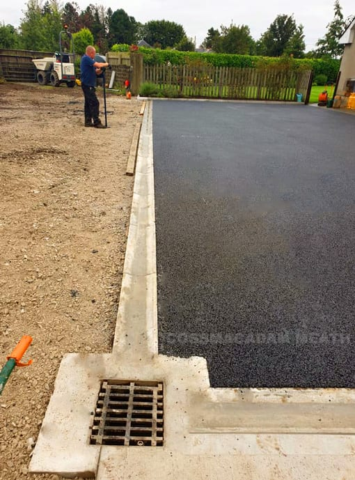 Drainage for tarmac Driveway gutter and kerb tarmac contractors Cossmacadam